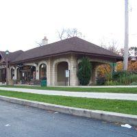 Villa Park Train Station, Вилла-Парк