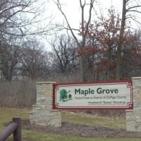 Entrance to Maple Grove Forest Preserve, Даунерс-Гров