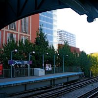 "The ""L"" Davis Station, Evanston, IL, Еванстон"