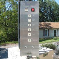 Historic Outdoor Fairhall Elevator, Евергрин Парк