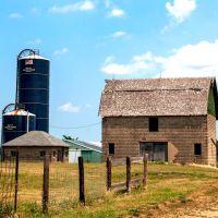 Barn with silos, Кантон