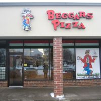 Beggars Pizza, Меррионетт Парк