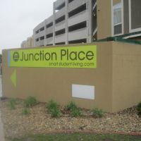 Junction Place sign, Нормал
