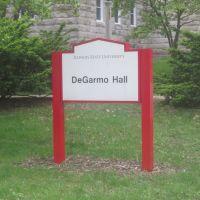 DeGarmo Hall, Нормал