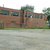 a run down factory again, Норт-Чикаго