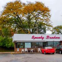 Spunky Dunkers Donuts, Палатин