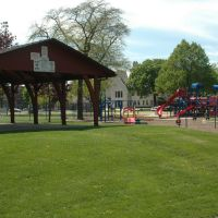 Forest Park, IL - The Pavilion and Playground, Ривер Форест
