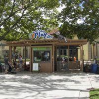 Brookfield Zoo Hamill Family Play Zoo, GLCT, Риверсид