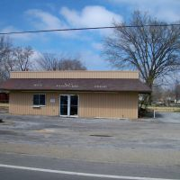 Abandoned Gas Station, Роиалтон