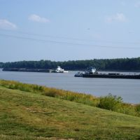 River Boats Passing On The Mighty Mississippi...One Headed North, The Other Headed South..., Роксана