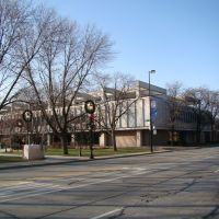 """Public Library""@ Oakton & Laramie: Downtown Skokie, Скоки"