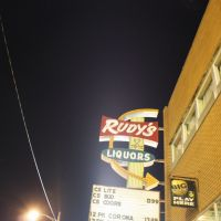 Rudys Liquor Store, Стандард