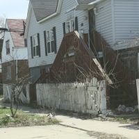 Run-down housing, Харви