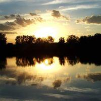 DSC04608  Sunset - W view, Брук