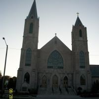 St. Patrick Catholic Church at sundown; Kokomo, IN, Галвестон
