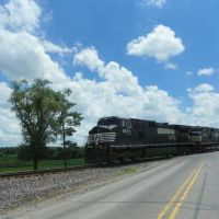 Roth Road at Norfolk Southern RR Crossing, Грабилл