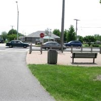 Erie Lackawanna Trail in Highland Busy 45th Avenue, Гриффит
