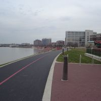 bike path looking west, Евансвилл
