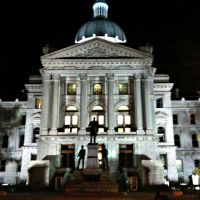 Indiana State House at night, Индианаполис