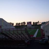 Bloomington, Memorial Stadium, Меридиан Хиллс