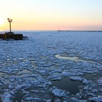 Lake Michigan Frozen, Мичиган-Сити