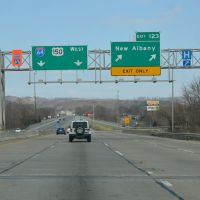 Exit for New Albany off Interstate 64, Westbound, Нью-Олбани