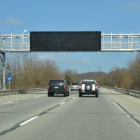 Electronic Sign on Interstate 64, Westbound, Нью-Олбани
