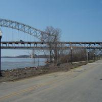 Ohio River New Albany, IN Mar 2011, Олбани