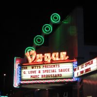 The Historic Vogue Theatre in Indianapolis Broad Ripple Cultural District., Равенсвуд