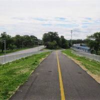 South approach to 167th and Columbia Bridge Erie Lackawanna Trail Hammond, Indiana, Хаммонд