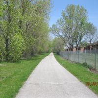 Erie Lackawanna Trail looking north toward Douglas St., Хаммонд