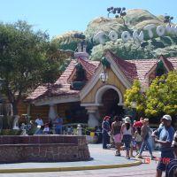 Disneyland Anaheim, Анахейм