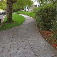 Curving Sidewalk on Prospect Row, Барлингейм