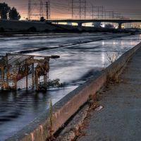 Los Angeles River, Белл