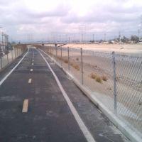 bike path on LA river, Белл