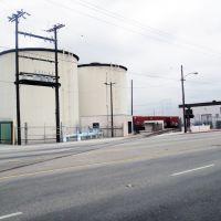 Liquid warehouse in Vernon, Белл