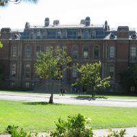 South Hall, Беркли