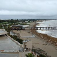 Ventura CA: Beach, Pier, Flood Debris, February 2005, Вентура