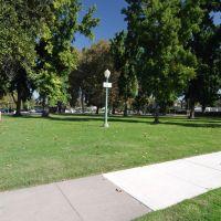 Denair Park, Turlock CA, 10/2011, Дели