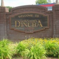Downtown Dinuba Sign, Динуба