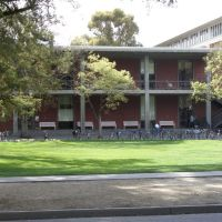 Wellman Hall, UC Davis, Дэвис