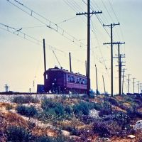 Trolly crossing LA river before 105 freeway was built, Ист-Комптон