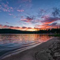 Sunset on Bass Lake, Кингсбург