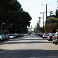 Esperanza St near San Bernardino Valley College, Колтон
