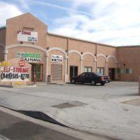 A+ Self Storage 2458 Newport Blvd Costa Mesa, California 92627, Коста-Меса