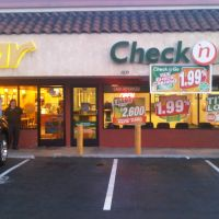 Title Loans at Check n Go, 14557 East Telegraph Rd., La Mirada, CA, Ла-Мирада