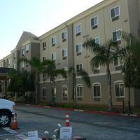 Holiday Inn, 11436 Hawthorne Blvd, Los Angeles - Hawaii Cruise - January 2012, Леннокс