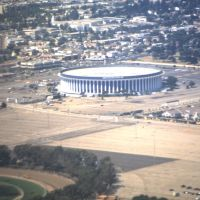 The Forum vom Flugzeug aus, Леннокс