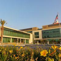 Centennial Complex, Линда
