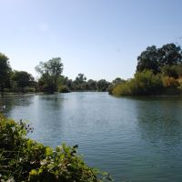 North side of Lodi Lake, the local park, Лоди